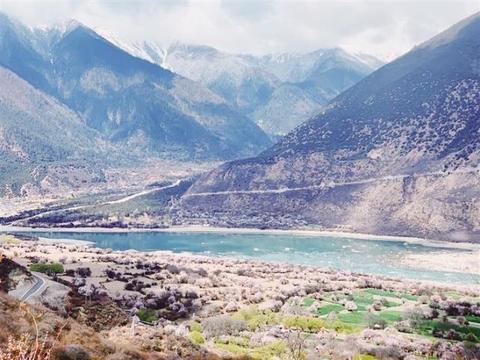 雅鲁藏布大峡谷国家5A级景区揭牌