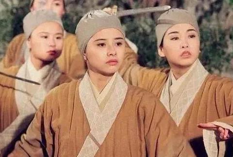 何美钿问张卫健:我和张茜都是娇小型的,为何当初你没看上我?