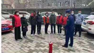 """北京朝阳消防开展""""探寻榜样的力量""""主题学雷锋活动"""