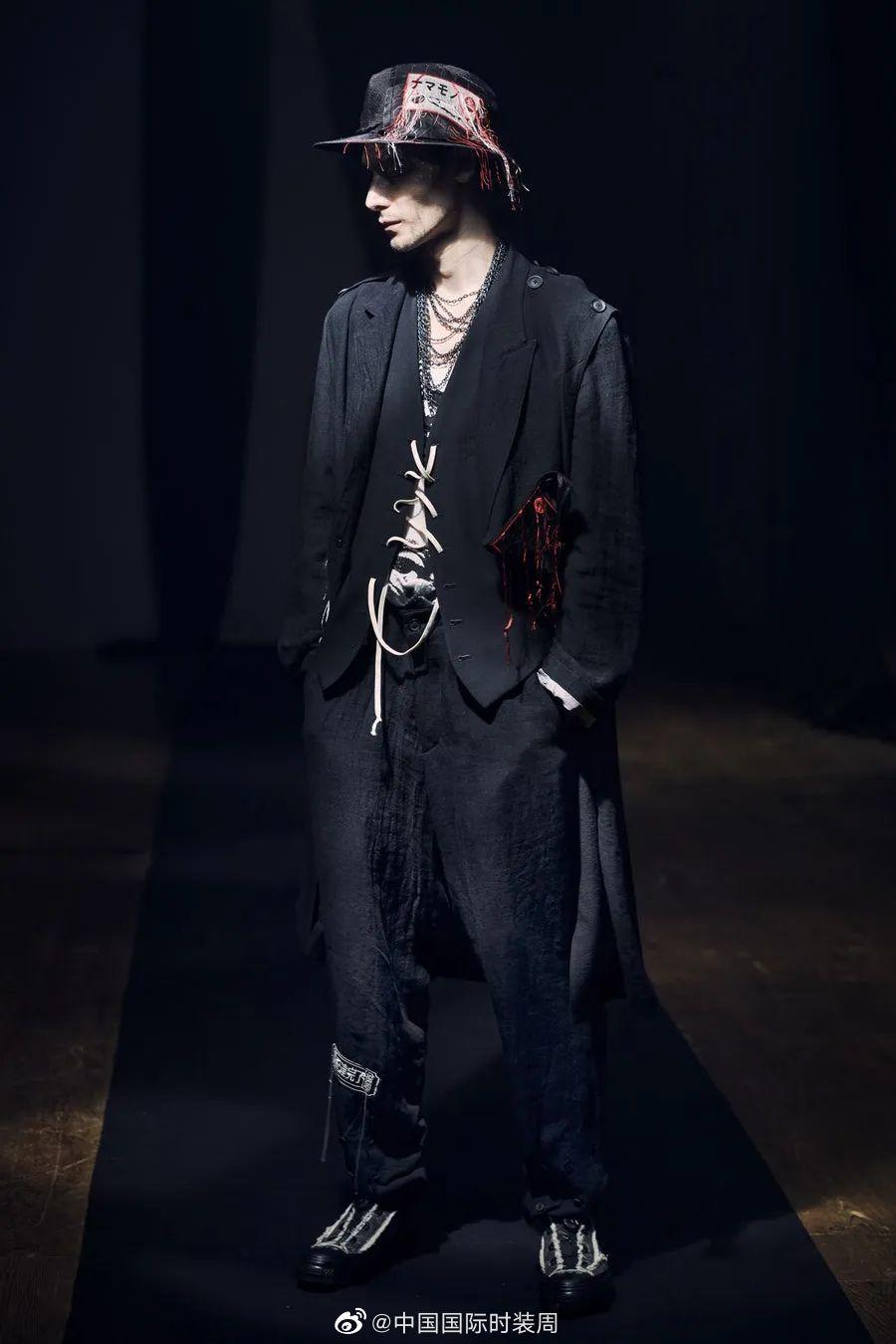 Yohji Yamamoto 2021春夏男装系列亮相巴黎时装周