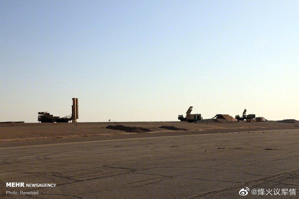 伊朗防空演习中,Bavar-373远程防空系统进行实弹发射