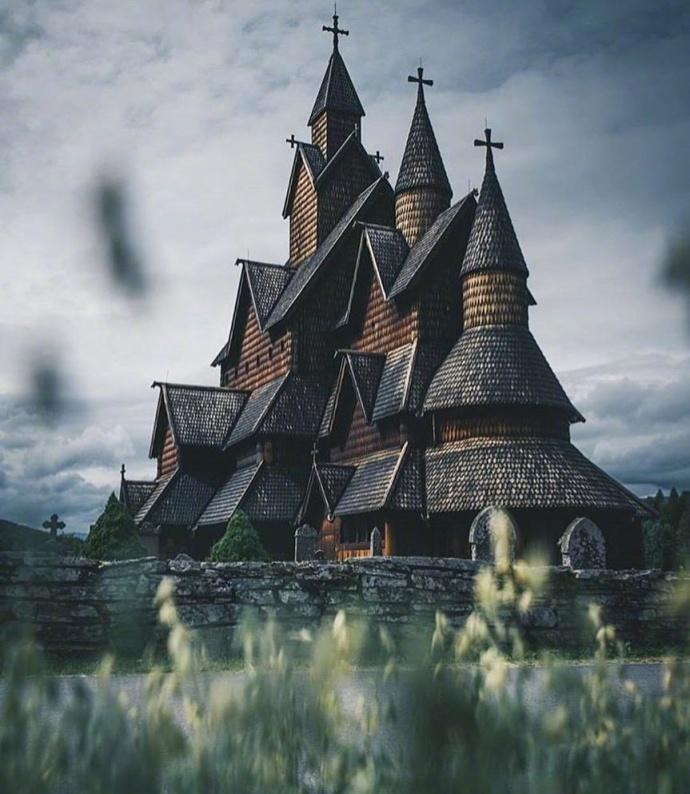 博尔贡木板教堂 | 挪威现存木板教堂中保存最完好的一座。