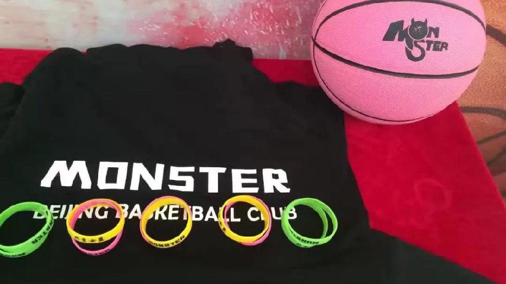 一个民间女篮「小团体」的十年:女生,也有篮球梦!
