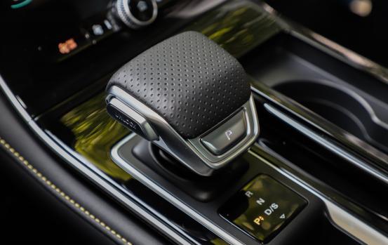 定义A级新标准,荣威i6 MAX将上市,预售11万起,值吗?