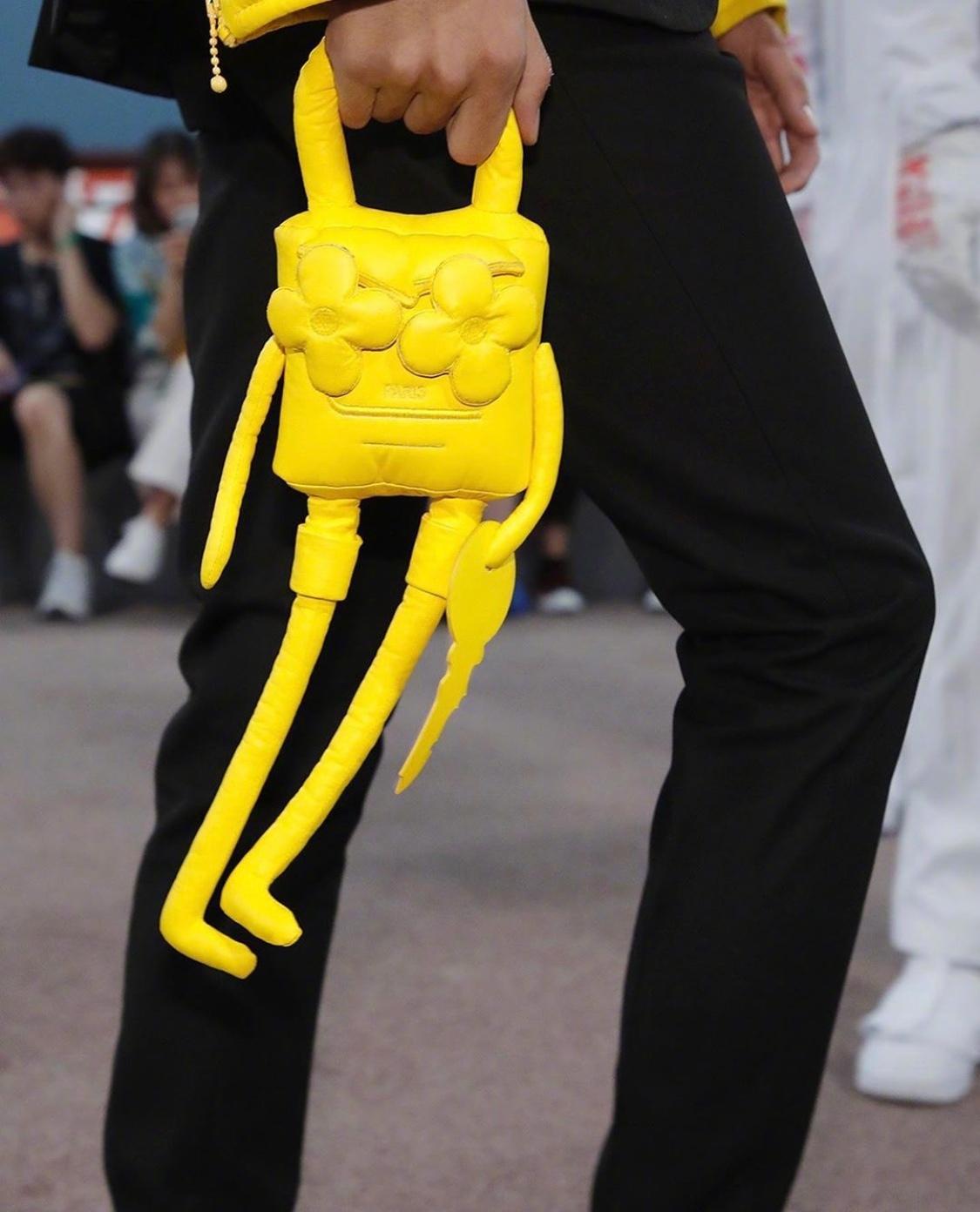 Louis Vuitton路易威登 2021春夏男装系列(上海)大秀——包品与服饰
