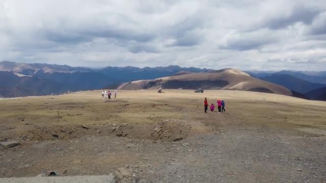 房车旅行带您领略318川藏线,海拔4718米卡子拉山,沿途风景