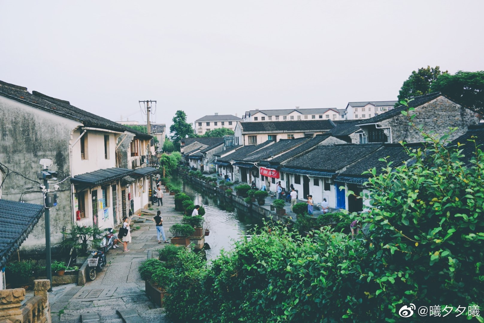 小桥流水、吴侬软语人杰地灵、江南水乡穿梭于小巷古桥间的日子~