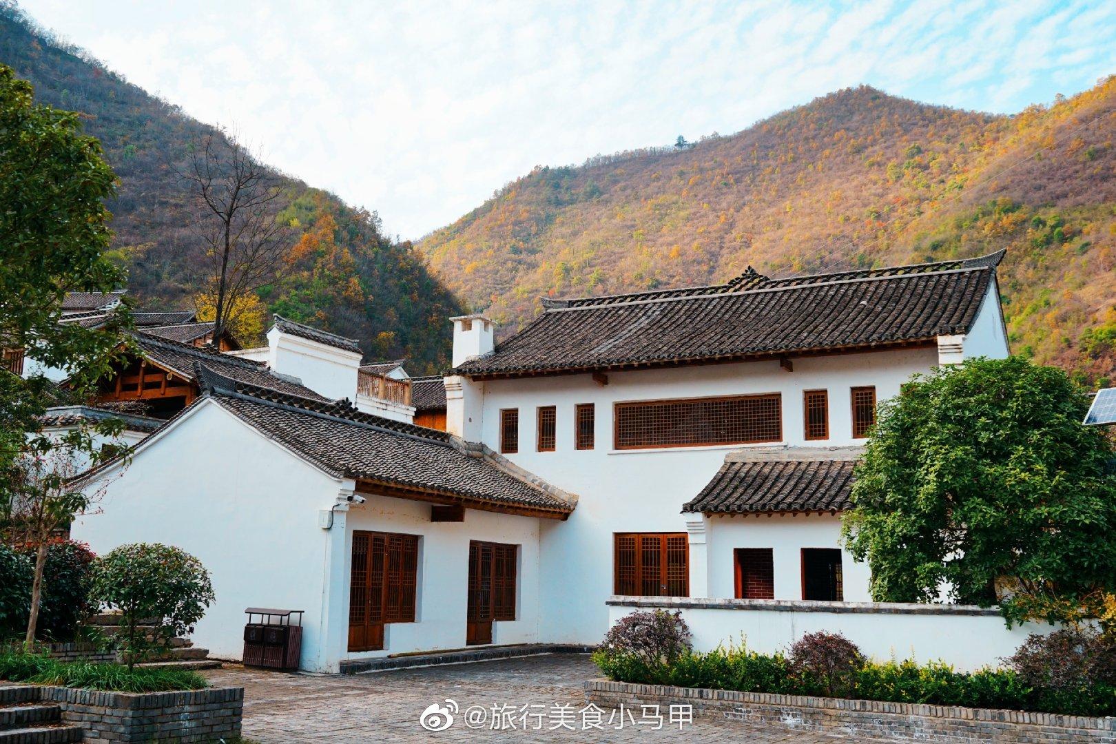 金丝峡镇王家坡一处距离金丝峡景区7公里风景不错的地方