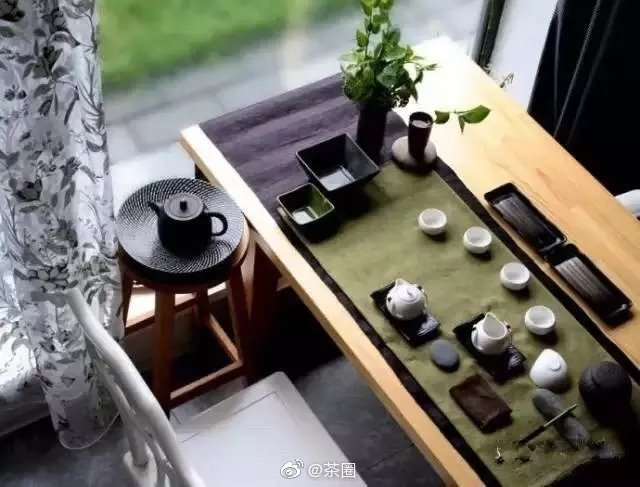 茶人,未必就是精于茶道之人,也未必是采茶制茶之人