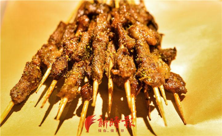 济南人口口相传的县西巷油炸羊肉串,回来了