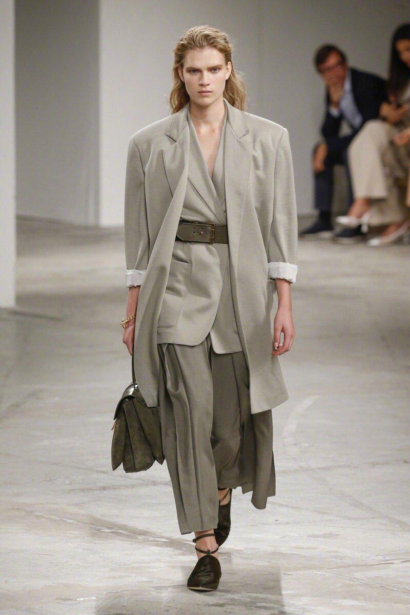 Agnona RTW Spring 2020 波西米亚风格和层次感的生活方式服装。