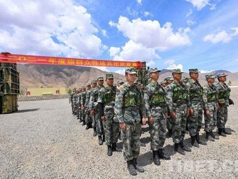 西藏军区某旅组织群众性练兵比武竞赛:比武场上立起实战靶标