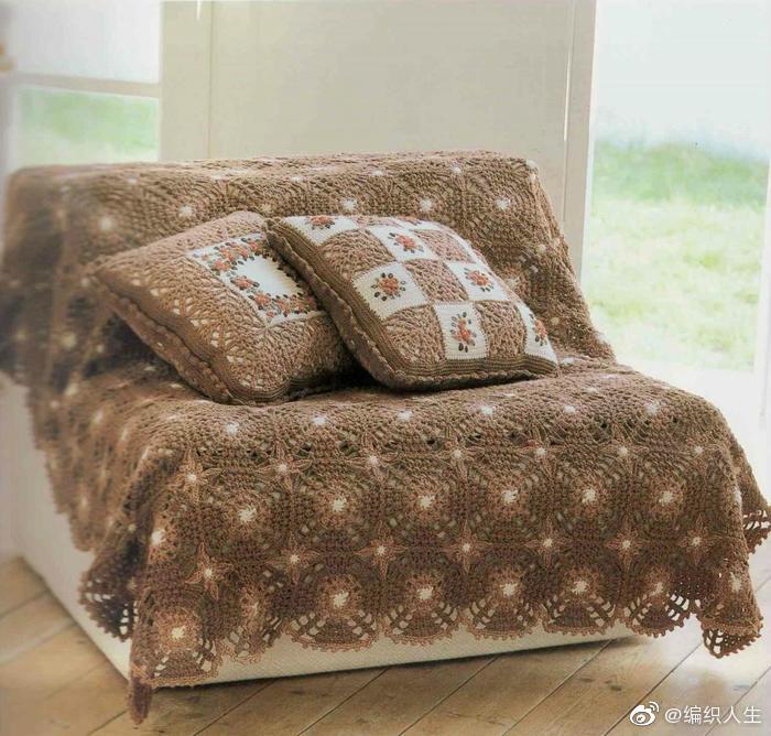 田园风格的盖毯和抱枕,简单的钩针技法即可完成
