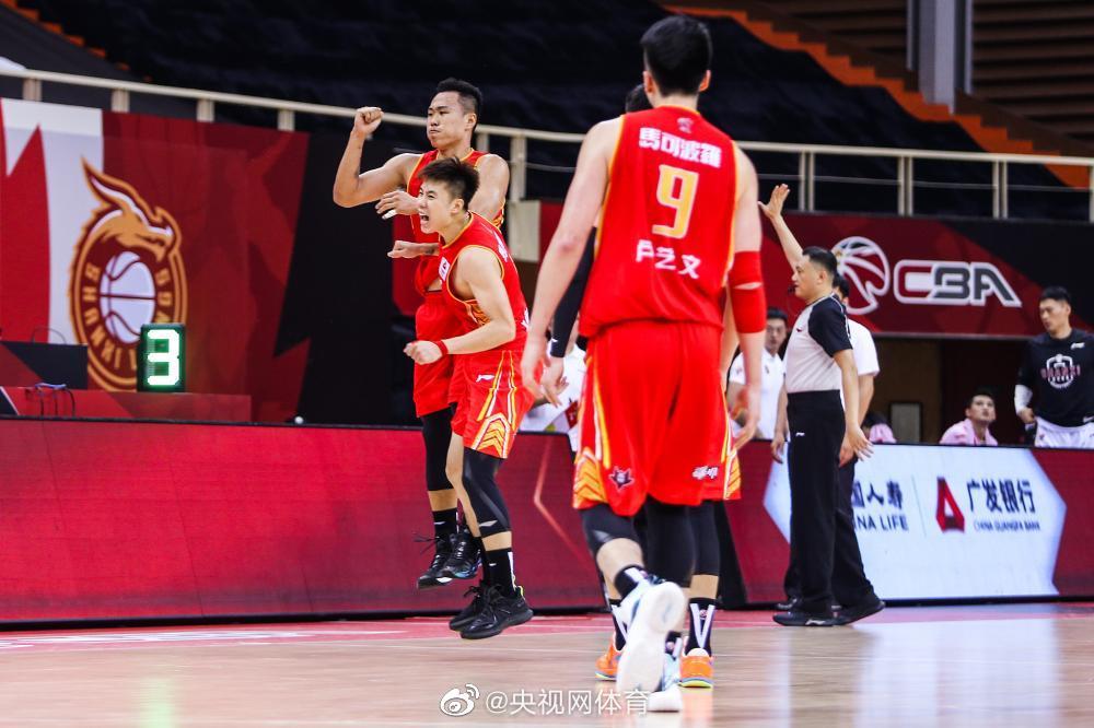 CBA-富兰克林首秀低迷 山西遭深圳逆转遭遇三连败