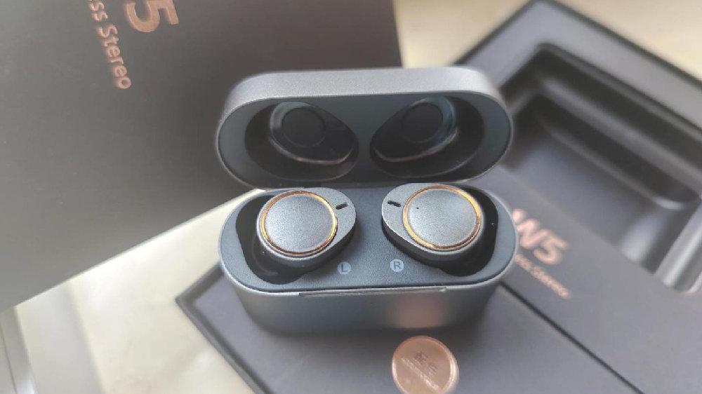 400以内超实用的五款蓝牙耳机推荐,哪一款才是学生党首选?