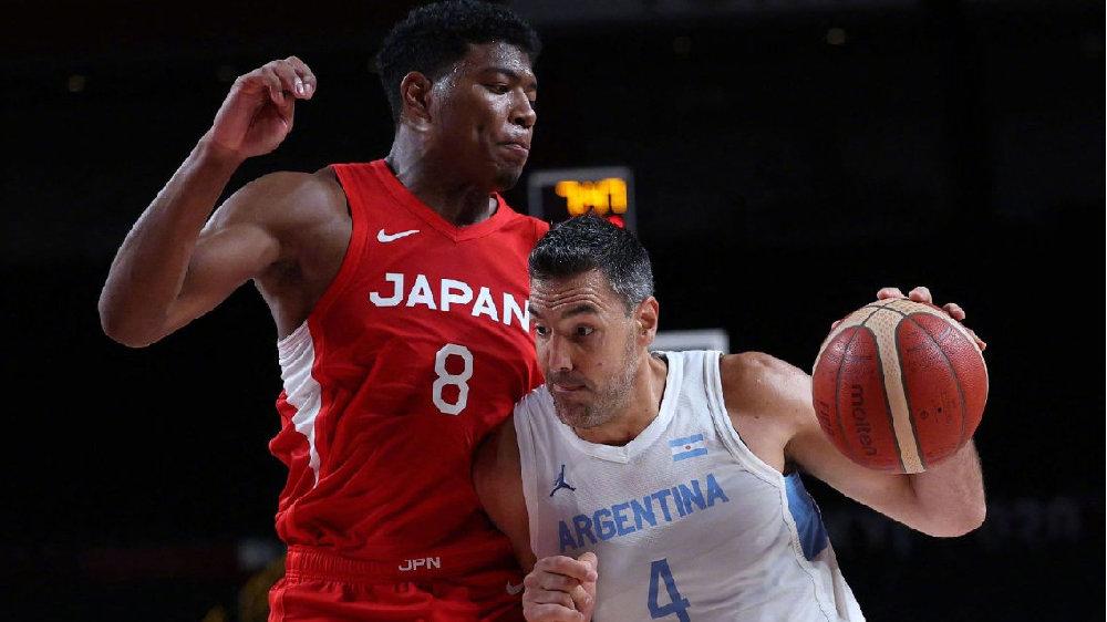 20分惨败,日本男篮出局!斯科拉宝刀未老,阿根廷惊险进8强