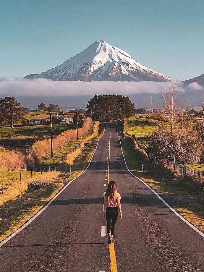 """南半球的""""富士山"""",新西兰最美的火山——塔拉纳基。"""