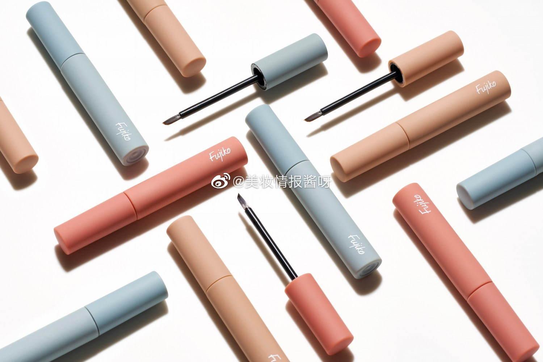 Fujiko 7月3日发售:染眉胶升级,全3色,1280円。内容量增加了20%