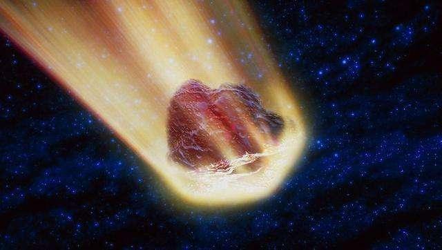 日本天降火球,黑夜亮如白昼,专家分析它源于彗星造成的流星雨