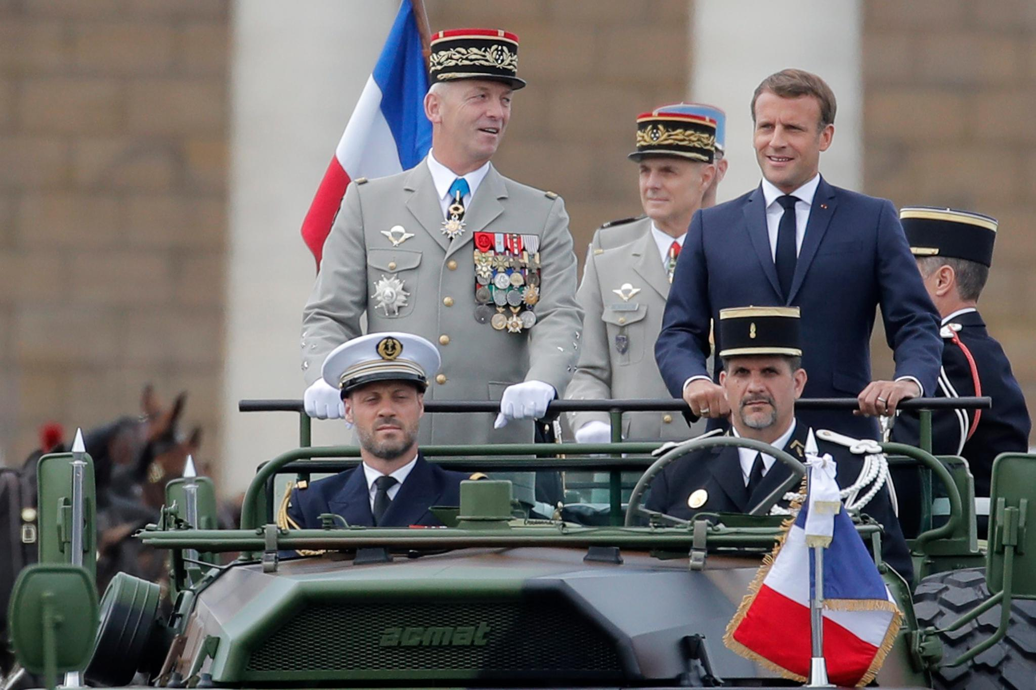 新冠肺炎疫情下的法国国庆日阅兵