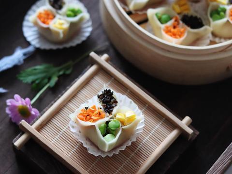 饺子只能包一种馅料?这款蒸饺一口吃到4种馅料,菜肉都有超满足
