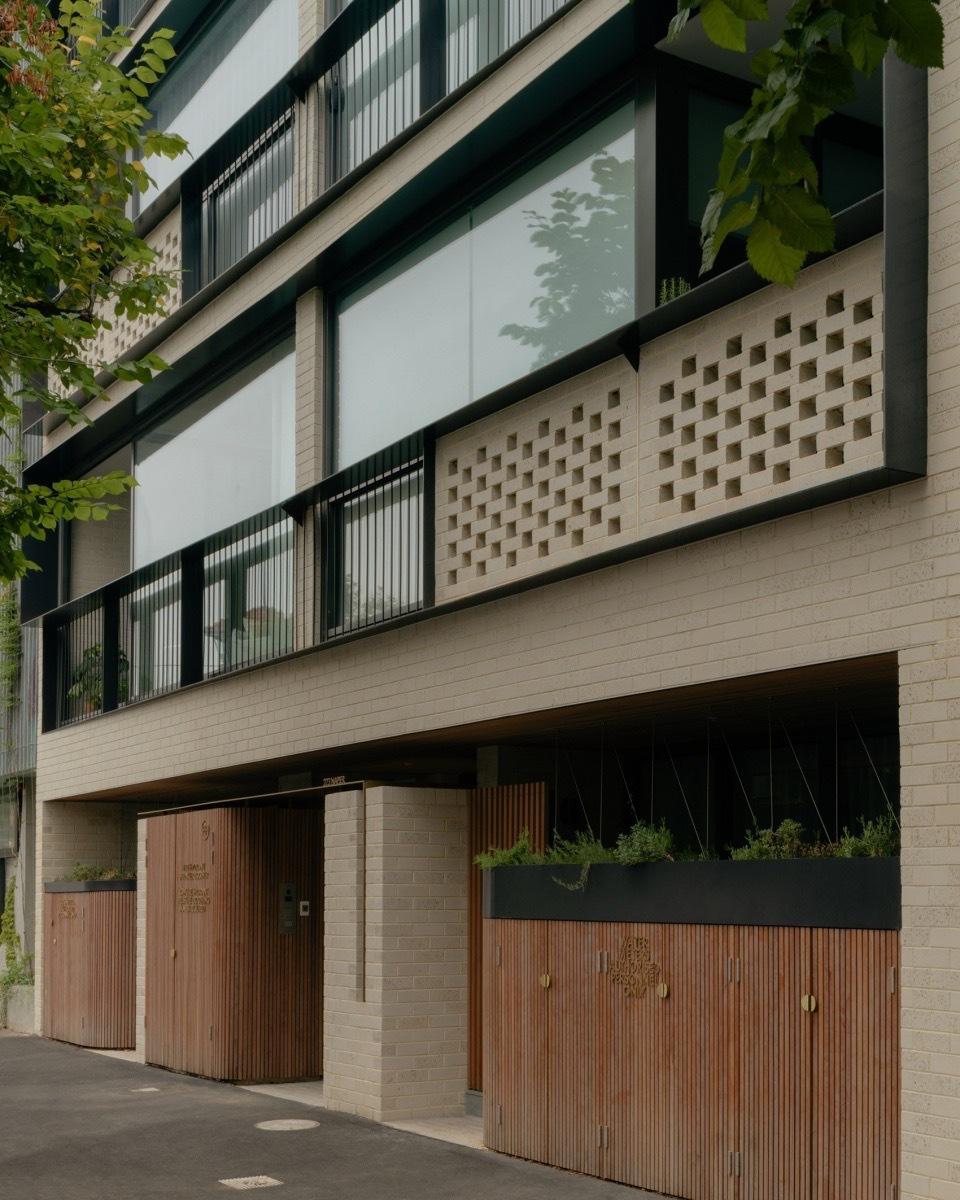 澳大利亚,Napier街公寓,在露台上享受美景。(设计公司