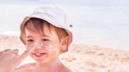 夏日大作战,宝宝的防晒霜为什么要选择物理防晒?
