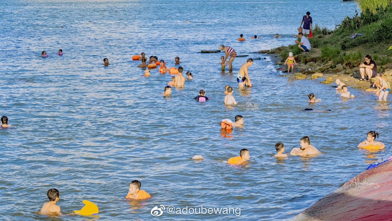 去邕江游泳。@adoubewang