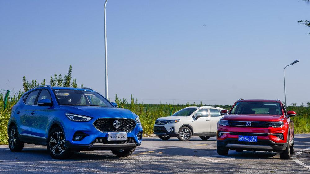全面评测8万元越级小型SUV:要涡轮增压,还是要智能驾驶?