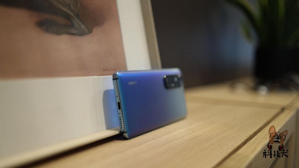 三千预算就买这五款手机:小米10S、iQOO Neo5、荣耀V40轻奢版等