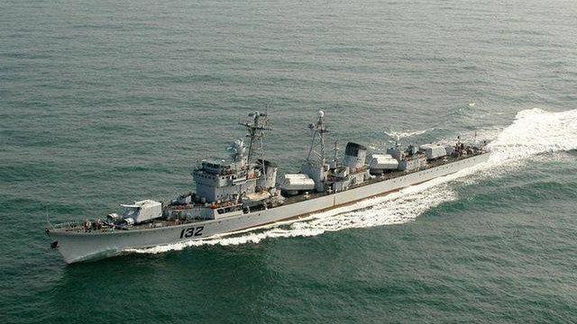 国产051型驱逐舰光荣退役,东海盯防苏联万吨巡洋舰,传奇永铭记