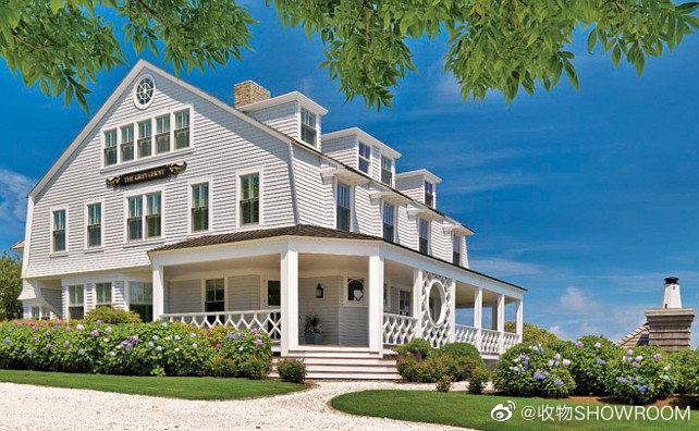 传统沿海小屋这座传统的沿海小屋坐落在马萨诸塞州的一个海滨小镇上