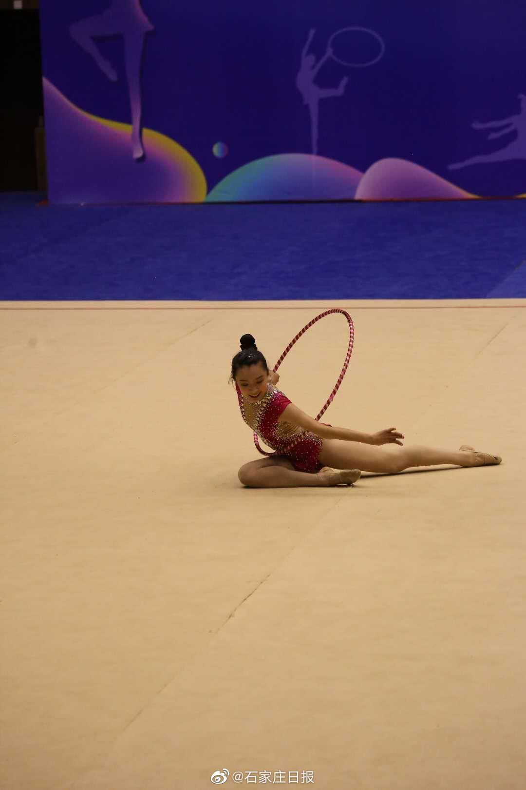 青少年艺术体操锦标赛在石家庄闭幕