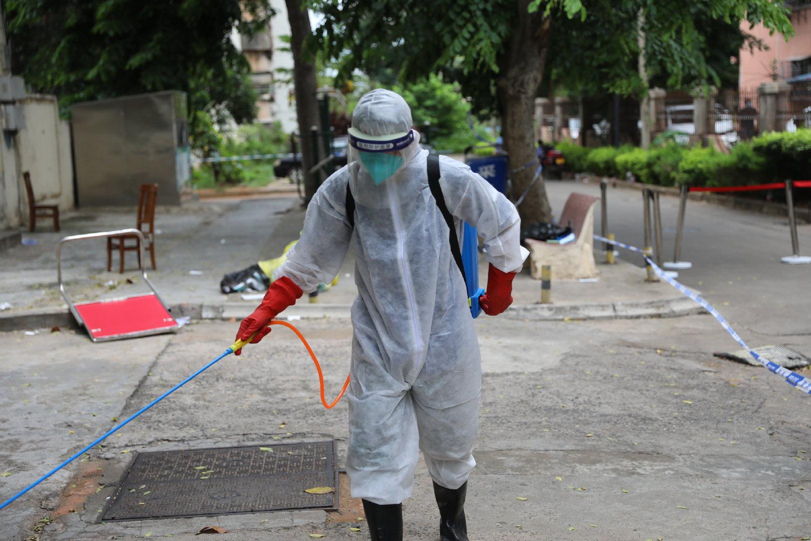 海口南宝花园小区封闭管理 全员核酸检测