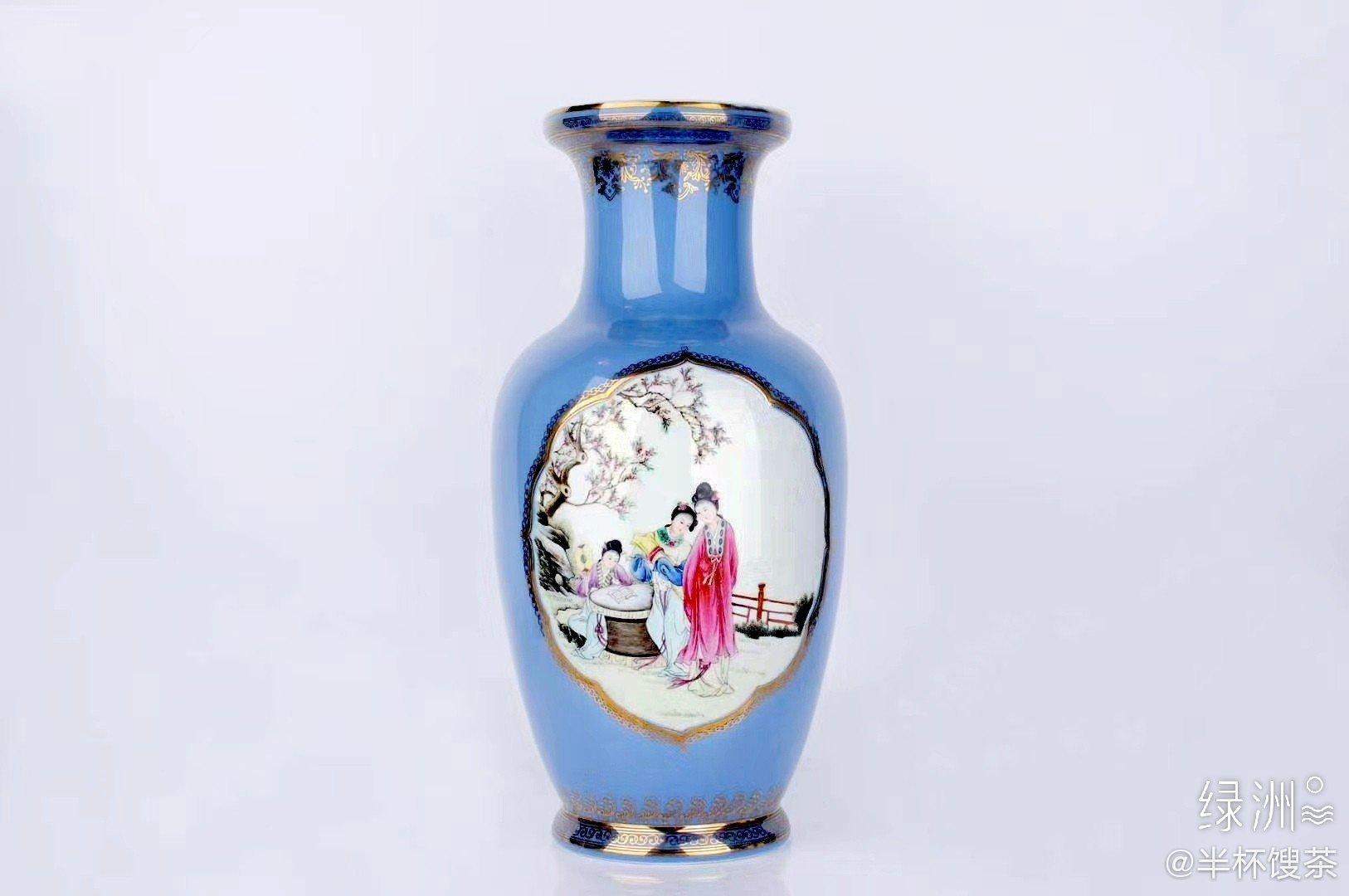 粉彩人物描金瓷瓶