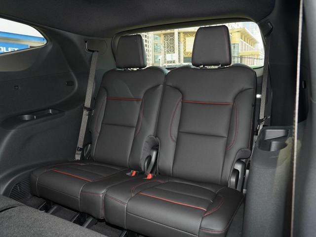 美系出品的七座旗舰SUV,标配237马力+9AT,30.99万买它值吗?