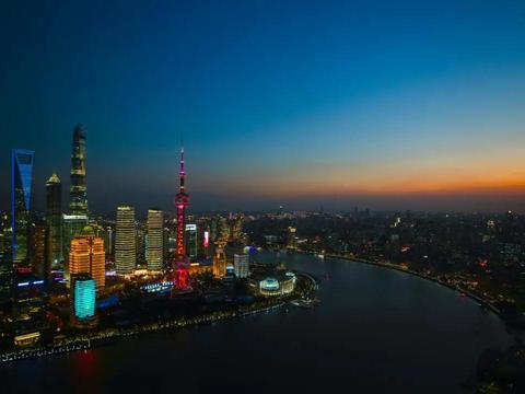 新华社与中国海油签署战略合作协议
