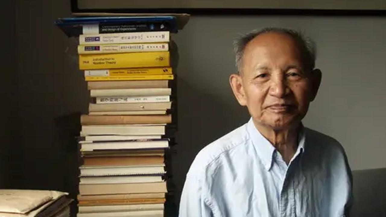 我国著名数学家、中国科学院院士王元,一位巨星陨落