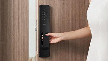 指纹一触全搞定 小米全自动智能门锁评测体验:开锁变成一句话的事
