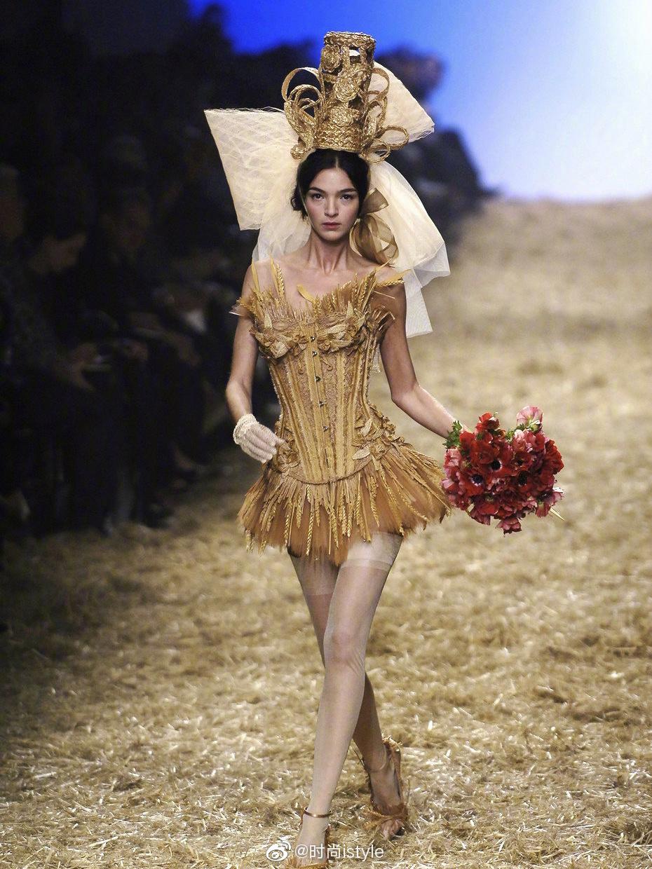 Jean Paul Gaultier 2006别有一番浪漫的异国风情