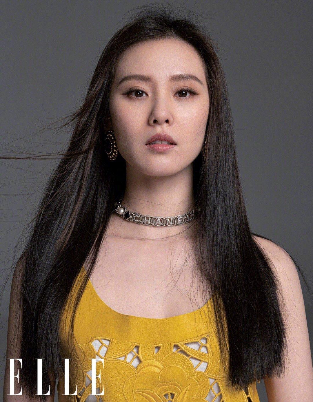 刘诗诗 x ELLE 5月刊封面,裸妆更突出恬静气质的五官