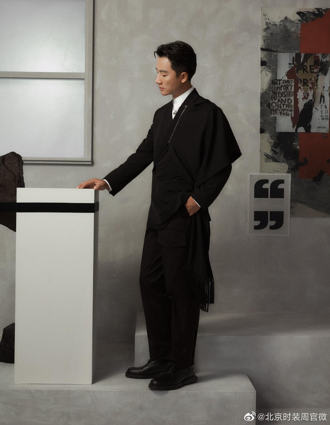 精致演绎DIOR迪奥二零二零冬季男装系列。优雅时髦,绅士风度尽显
