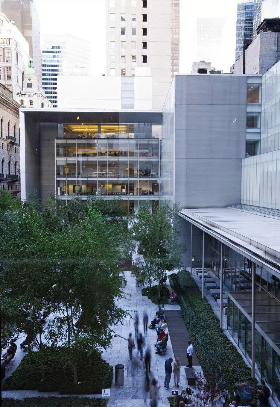 在去年重新装修开放的纽约现代艺术博物馆(MoMA)