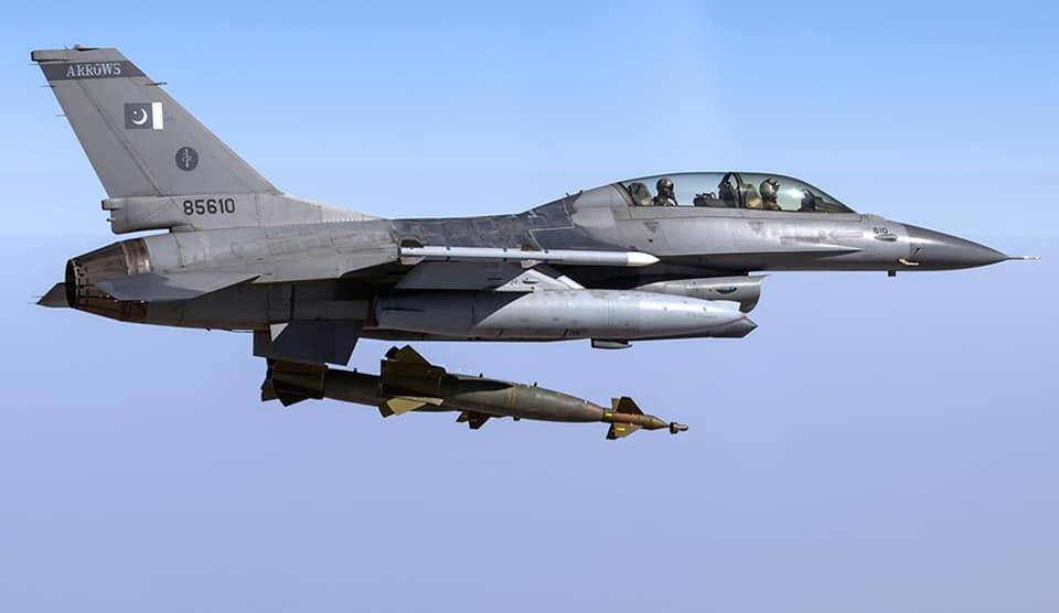 巴基斯坦F-16