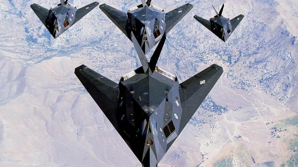 暗夜幽灵,美军的第一款隐身战机,F-117隐身战斗轰炸机前生今世