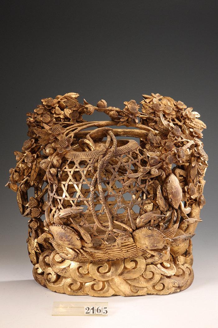 看得我目瞪口呆的潮州木雕这些集雕刻、漆艺、贴金等精湛工艺的作品