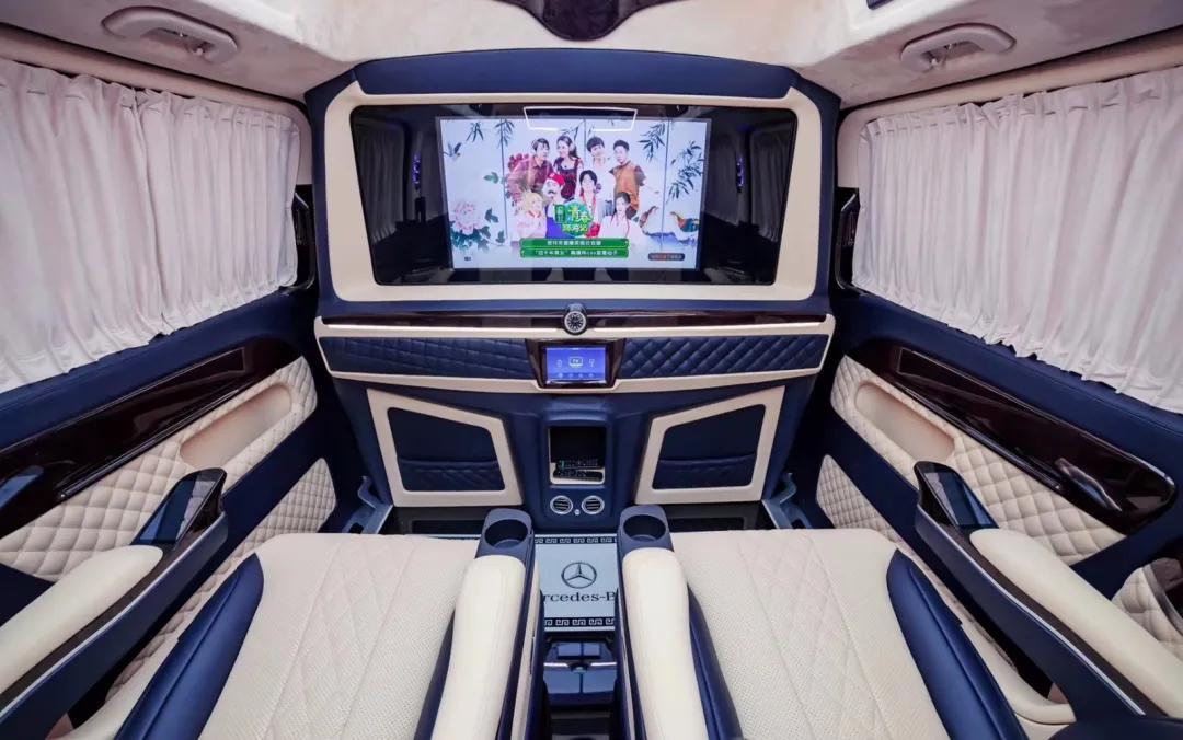 年底了!奔驰商务车成为公司抵税、家人出游、的必备神器?