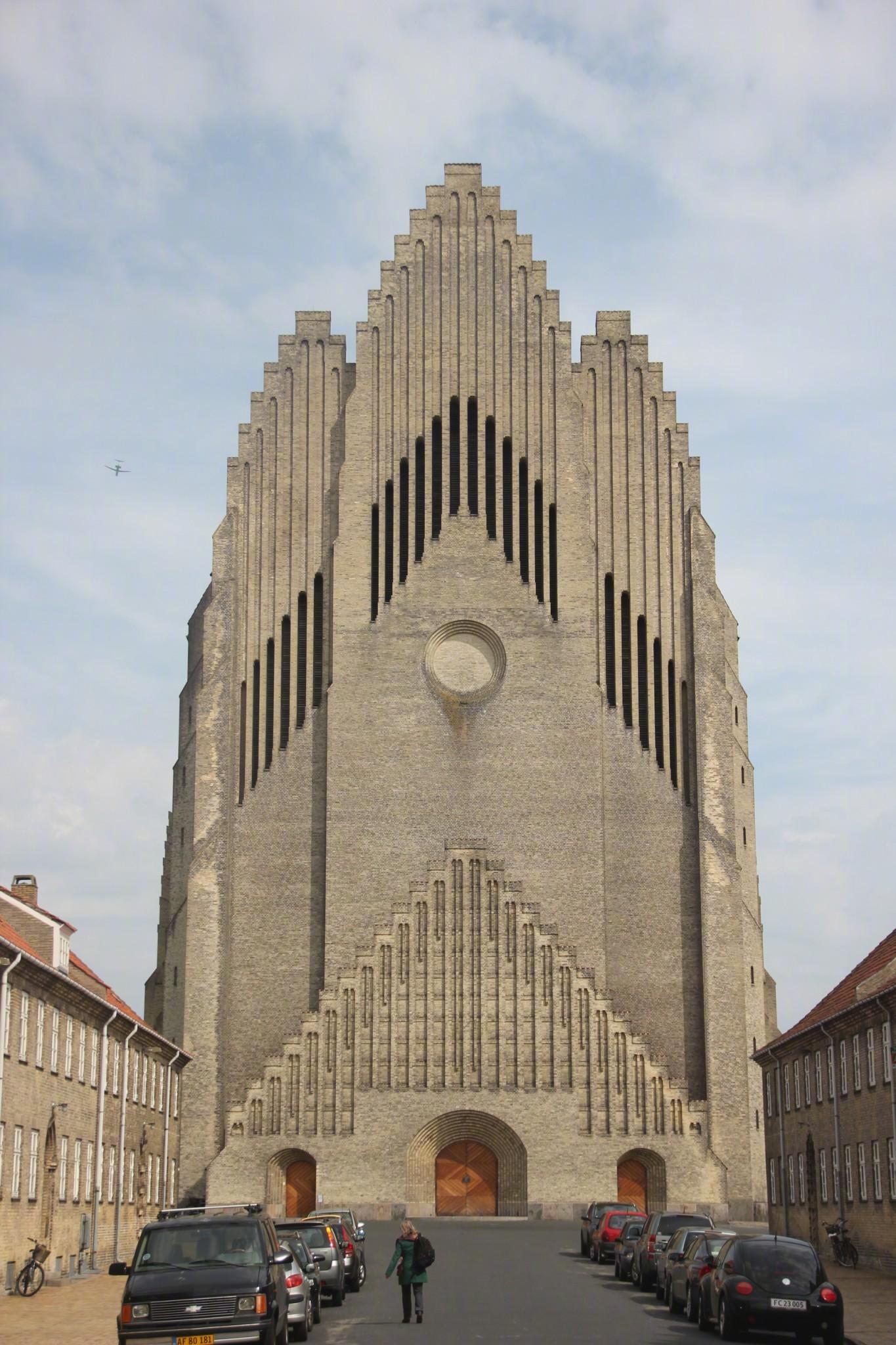 管风琴教堂,位于丹麦哥本哈根,是世界少有的表现主义风格的建筑