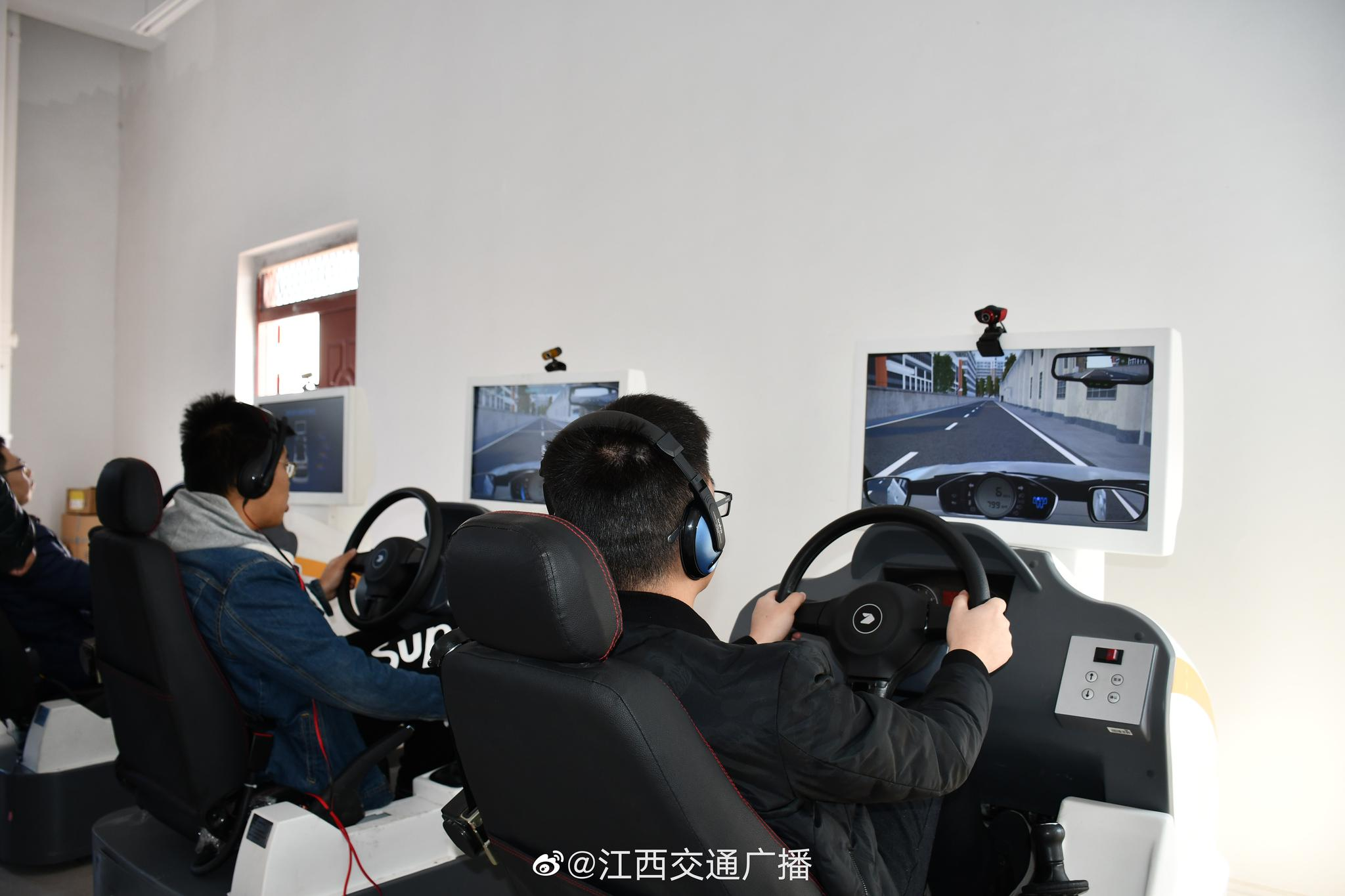 江西推广汽车驾驶培训模拟器计时培训