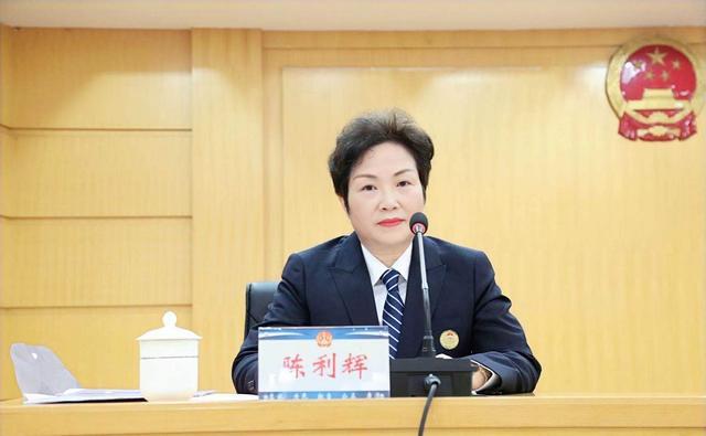 长沙市麓山公证处陈利辉:用坚守和执着诠释公证人的责任担当